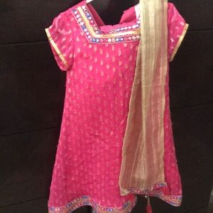 Pretty Indian pink top with leggings and scarf